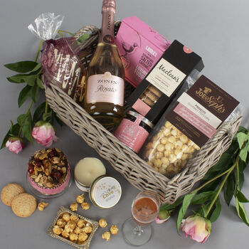 Hamper For The Ladies Gift Basket