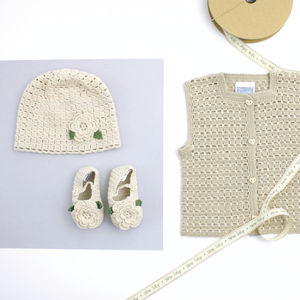 Flower Organic Hat And Booties Set