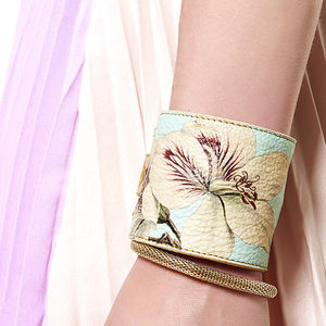Leather Cuff Purse: Geranium