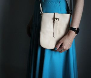 Ladies Pouch Cross Body Bag