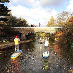 Master Paddle Boarding Through London For One - dance music & sport experiences