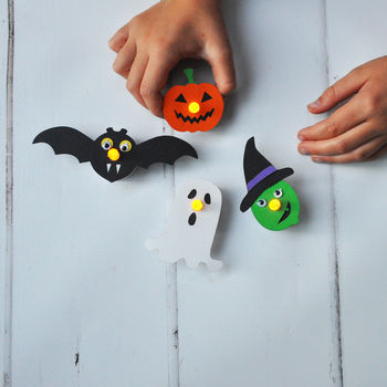 Make Your Own Flickering Halloween Fright Lights