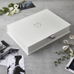 Personalised Wedding Heart Wreath Keepsake Box