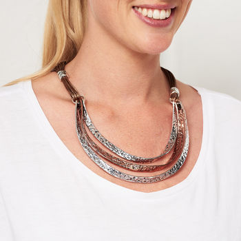 Layered Mottled Two Tone Necklace
