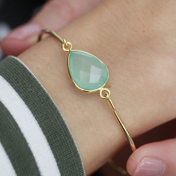 18ct Gold Teardrop Gemstone Bangle
