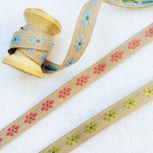 Daisy Ribbon Trim