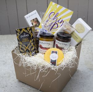 'Chin Up' Luxury Hamper - food hampers