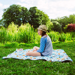 Butterflies Waterproof Family Picnic Mat