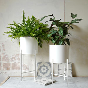 White Metal Planter Pot With Plant Stand - gardening