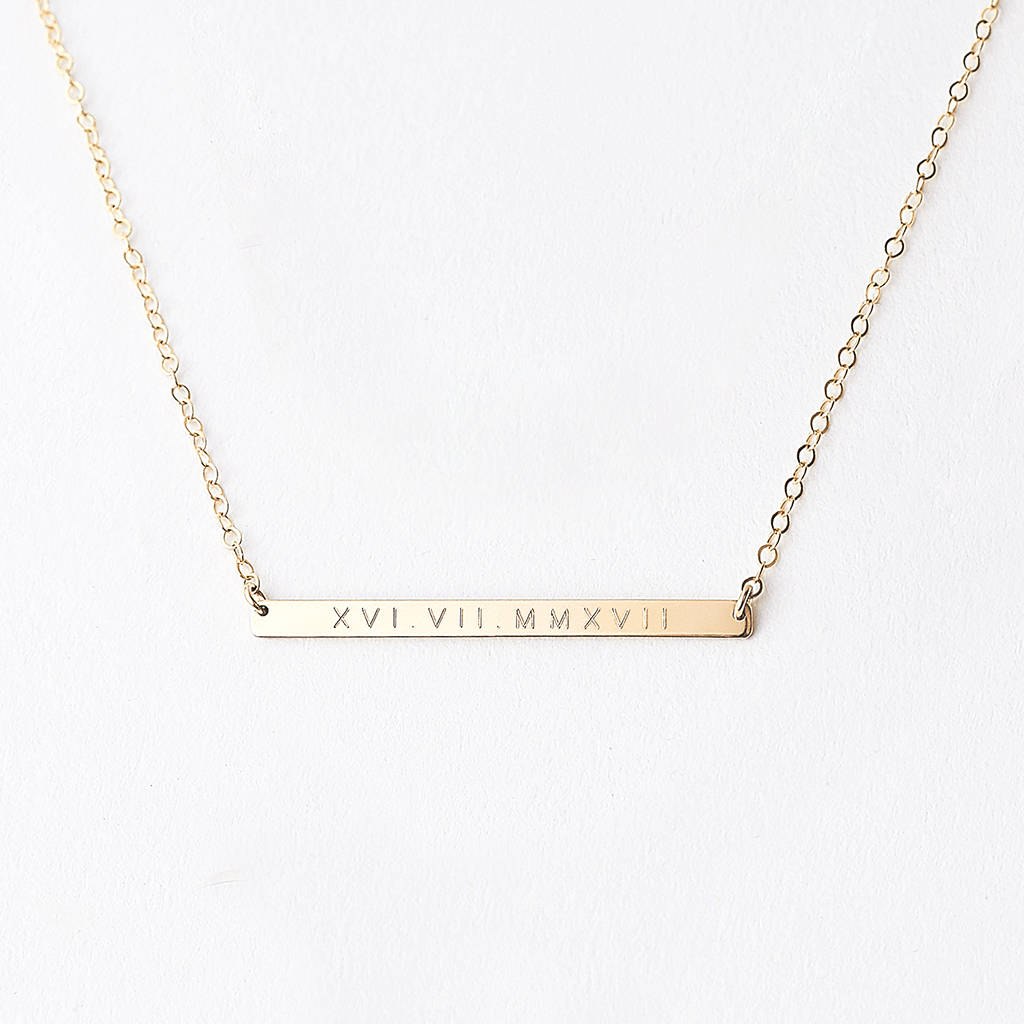 date numeral roman material main necklace product