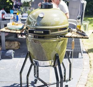 Kamado Large Bbq Oven - new in garden