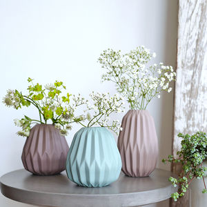 Mini Ceramic Vase With Grooves - home accessories