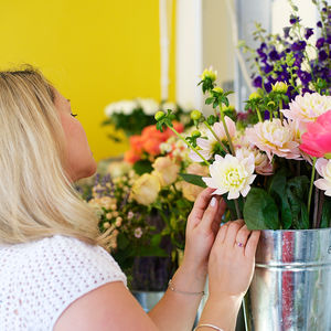 Jam Jar Flower Workshop With Prosecco - experiences