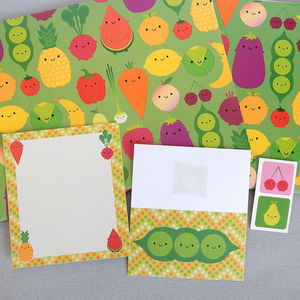 Five A Day Gift Wrap Set With Tags