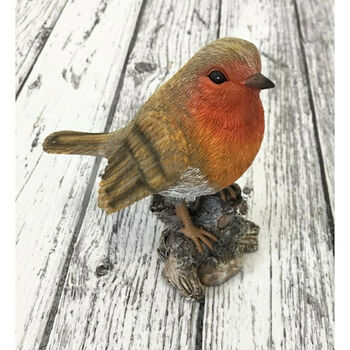 Robin On A Tree Stump Garden Ornament