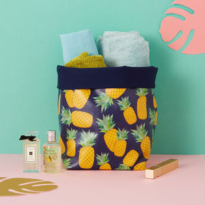 A Piña Storage Bucket