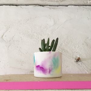 Bon White Marbled Concrete Pot