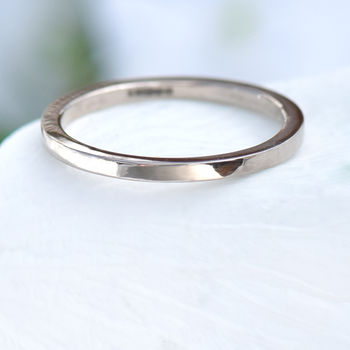 Slim Flat Wedding Ring In 18ct Gold Or Platinum