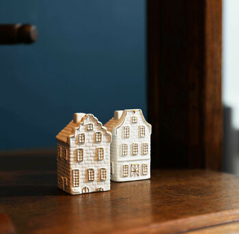 Dutch Canal House Salt And Pepper Shakers