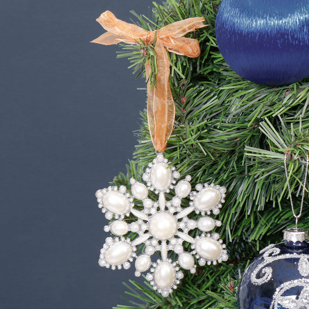 Pearl Six Pointed Snowflake Christmas Tree Decoration
