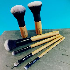 Professional Makeup Brush Set Flawless Perfection - make-up brushes