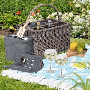 Personalised Gin Lover's Wicker Picnic Basket