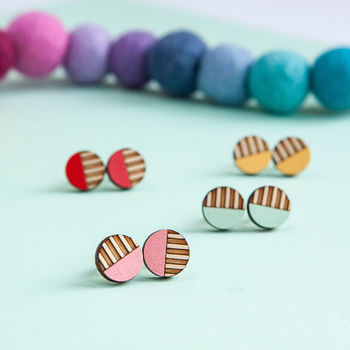 Circle Stripe Wooden Stud Earrings
