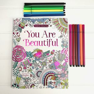 Colouring Book And Pen Set