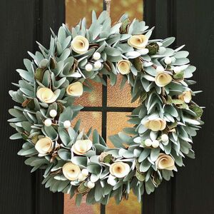 Luxury Lambeth Rose Winter Wreath