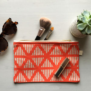 Screen Printed Geometric Triangle Pattern Makeup Purse - make-up bags