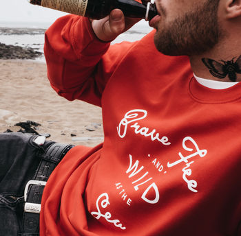 'Brave Free Wild As The Sea' Red Sweatshirt And Bag