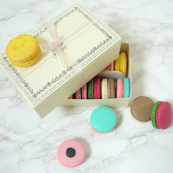 Macaron Pick And Mix Sweet Selection Box Of 14