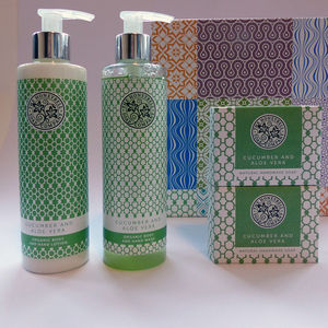 The Cucumber And Aloe Vera Luxury Gift Biox - bath & body