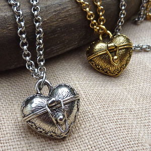 Heart Amulet Locket - lockets