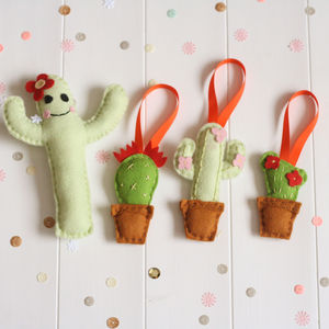 Cactus Pincushion And Decoration Felt Sewing Kit