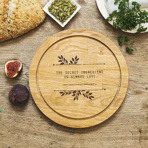 Personalised Round Oak Chopping Board - best valentine's gifts for her