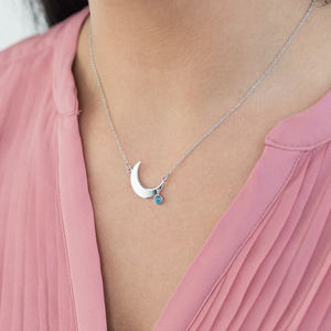 Crescent Moon Necklace With Mood Stone