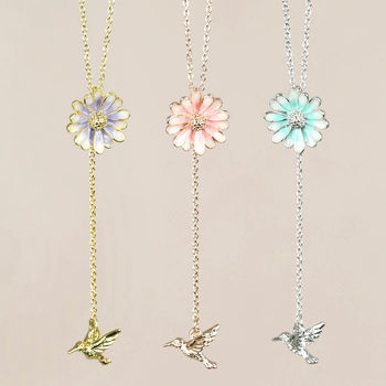 Daisy And Hummingbird Lariat Necklace