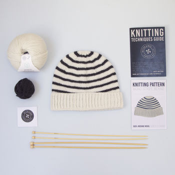 Roll Up Beanie: Stripes Knitting Kit