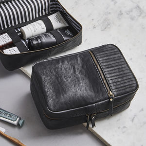 Leather Wash Bag Zip Round