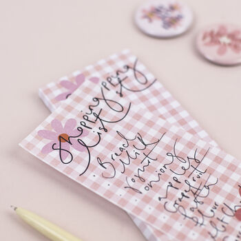 Flowers + Gingham Magnetic Shopping List