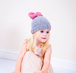 Knit Your Own Kid's Beginner Minnie Bow Pom Hat Kit