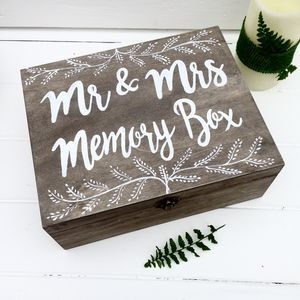 Personalised Wedding Keepsake/Memory Box Gift - rustic wedding