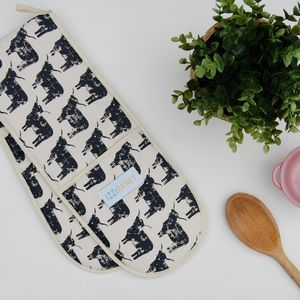 Highland Cow Oven Gloves
