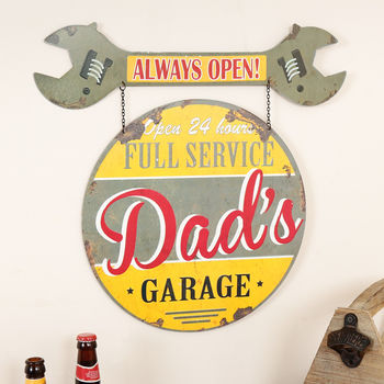 Dad's Garage Metal Wall Plaque