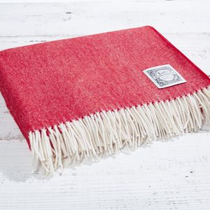 Luxury Throw Nordic Red