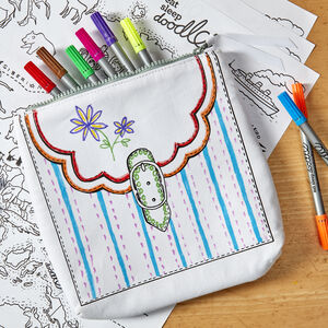 Colour In Cosmetic Accessory Bag Kit + 10 Pens