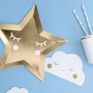 Star Shaped Paper Party Plates