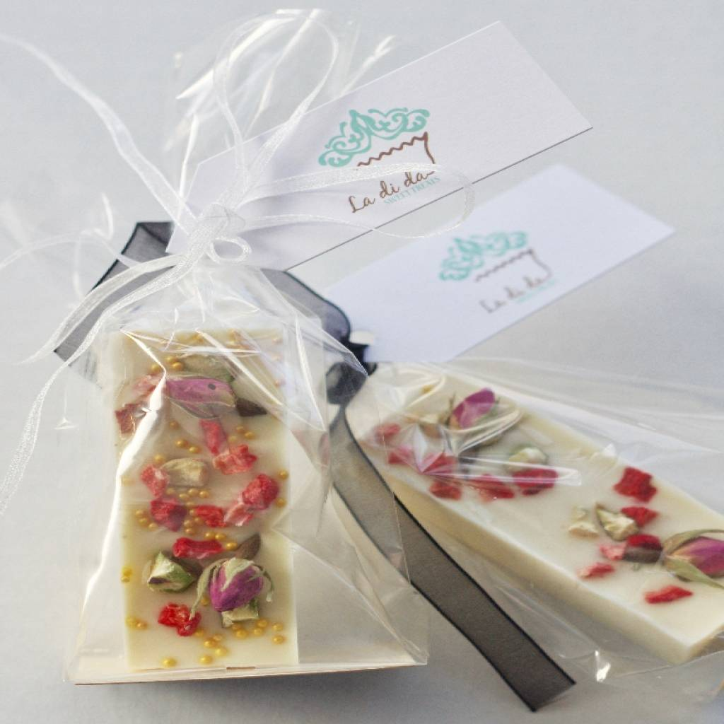 edible rose petal chocolate bars by la di da sweet treats ...