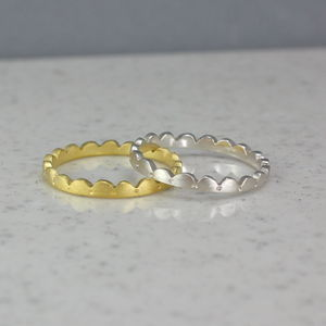 Scalloped Ring Fine - wedding rings